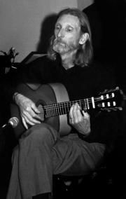 the-guitarist_3751