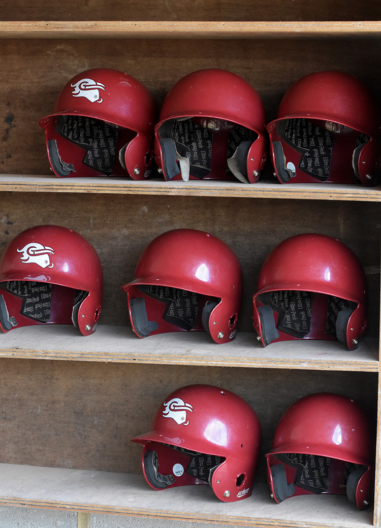 batting helmets_3589