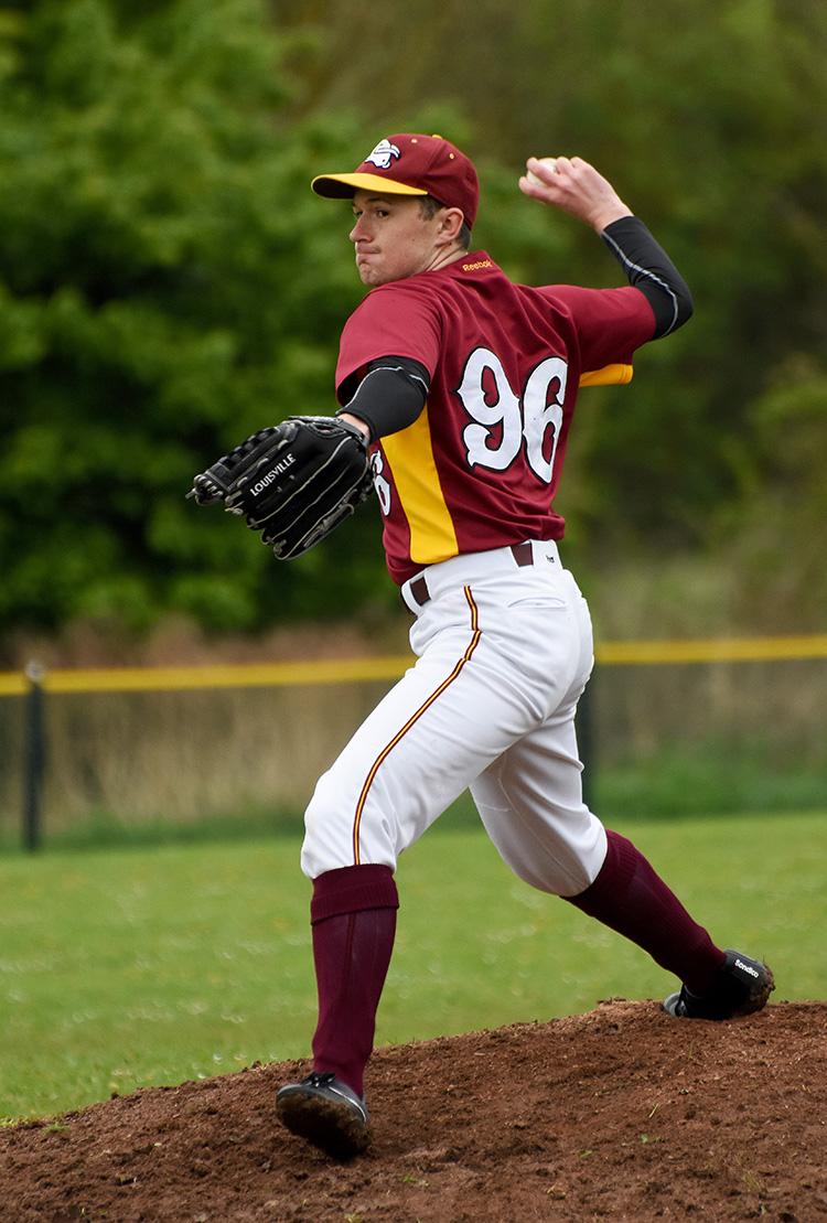 ryn pitching_0452.jpg